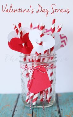 Simple Valentine's Day Straw Flags, DIY, Party Straws, Paper Straw Crafts, Valentine's Day