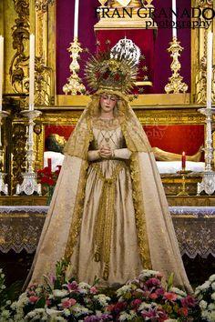 Imágenes Cofrades Fran Granado: La Iglesia de San Roque en Arahal tiene un olor es...