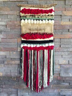 Un favorito personal de mi tienda Etsy https://www.etsy.com/es/listing/286521621/woven-wall-hanging