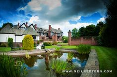 Inglewood Manor wedding photography back of the house Inglewood Manor, English Manor Houses, Real Weddings, Wedding Venues, Wedding Photography, Anniversary Ideas, Mansions, House Styles, Bobs