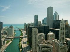 HGTV Urban Oasis 2011, located on the 35th floor of Trump International Hotel & Tower® Chicago, overlooks Chicago's picturesque Riverwalk, the Chicago River, the Loop and some of the city's most noteworthy architectural landmarks, both old and new.