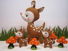 ♥♥♥ Bambis ... , a photo by sweetfelt \ ideias em feltro on Flickr. Por aqui alguns bichinhos cresceram ! É o caso do bambi! O grande ir... Fabric Animals, Felt Animals, Felt Ornaments, Christmas Ornaments, Xmas, Felt Crafts Patterns, Felt Books, Creative Embroidery, Bambi