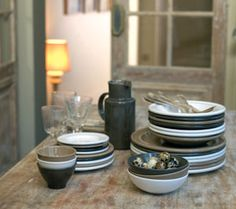 Use for breakfast, lunch and dinner, these everyday Casual Dinnerware sets come in an assortment of colors, materials and styles to choose from. The materials used to produce these products are food-safe. The glazes used in our ceramic products are free from harmful chemicals and are made using all natural, earth friendly materials! #Tableware #Dinnerware - See more at: http://eco-friendlycookware.com/casual-dinnerware/dinnerware-sets#sthash.rikctlnT.dpuf