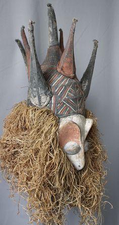 Kholuka Ndeemba Bird Mask Yaka D.R.Congo. 64 x 32 x 30 cm