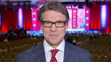 Rick Perry says US needs to issue a 'clear threat' to ISIS | Fox News Video