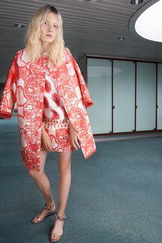 Giambattista Valli | Resort 2015 Collection | Style.com