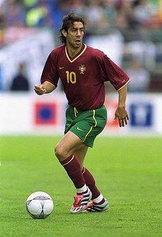 Rui Costa Retro Football Shirts, Football Icon, Best Football Players, Football Is Life, World Football, School Football, Football Kits, Football Match, Soccer Players
