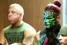 Jeff Hardy and Mr. Wrestling Stars, Wrestling Videos, Creepy Pictures, Funny Pictures, Jeff Hardy Face Paint, Cool Face Paint, The Hardy Boyz, Crazy Eyes, Wrestling Superstars
