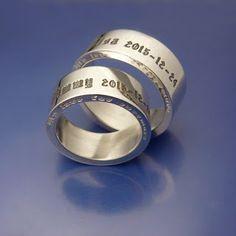 #Förlovningsringar  #Engagementrings Old english style! www.alskadebarn.se Älskade Barn