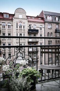 Balkong i norrläge där du har morgonsolen. Aschebergsgatan 27 - Bjurfors