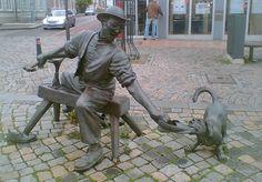 Statues Quo: Schuster mit Hund (Cordonnier avec chien)