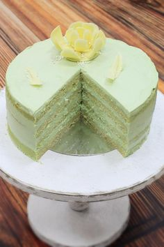 ФИСТАШКОВЫЙ ТОРТ Inside Cake, Cake Recipes, Dessert Recipes, Pistachio Cake, Valentines Day Cakes, Torte Cake, Sweet Pastries, Pastry Shop, Bakery Cakes