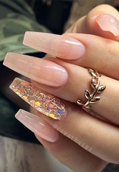 Super pretty nail art designs that worth to try Pastel Pink Nails, Blush Nails, Neutral Nails, Neutral Wedding Nails, White Tip Nails, Silver Nails, Nude Nails With Glitter, Acrylic Nails Coffin Short, Pink Acrylic Nails