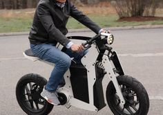 Scott Waters Industrial Designer of the Nuro self driving vehicle, original Segway and the Davinici surgical robot for Intuitive Surgical. Intuitive Surgical, Folding Electric Bike, Self Driving, Life Cycles, Carbon Fiber, Automobile, Motorcycles, Alternative, Vehicles