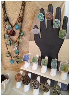 Ring display by evinglenside, via Flickr