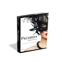 Desenvolvi a arte deste romance erótico - Proibida - Black door - a sensual história de uma mulher que descobre suas fantasias numa casa de swing secreta. Pensei em uma capa que transmitisse sensualidade e mistério, mas, de uma forma bem clean, para isso usei basicamente a combinação de branco e preto (um clássico), para dar charme ao layout.