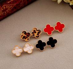 E138 Free shipping Heart full of love Clover cute Stud Earrings Resin Phnom Penh for women jewelry wholesale