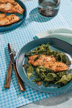 Coconut-Lime Tilapia Zest of 3 limes 4 cloves garlic, minced 1/4 tsp salt 1/4 tsp pepper 2 Tbsp + 1 tsp coconut oil, melted, divided 4 tilapia fillets (5 oz each) 8 cups fresh spinach 1/4 cup + 1 Tbsp lime juice
