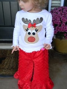 Get Ready for Christmas with.Sassy Reindeer Shirt Only - to 8 years Christmas Applique, Christmas Sewing, Christmas Baby, Christmas Crafts, Xmas Shirts, Christmas Shirts, Christmas Sweaters, Holiday Fashion, Holiday Outfits