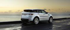 2015 Geneva Motor Show: Range Rover presenta la Evoque aggiornata Land Rover ha deciso di aggiornare anche il suo bestseller, la tanto amata Evoque: per il 2016, la bella SUV si regala qualche...