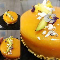 """588 """"Μου αρέσει!"""", 4 σχόλια - Argiris Papastavrou (@argiris_papastavrou) στο Instagram: """"Τούρτα μάνγκο Γλασσο μάνγκο πορτοκαλι,μους λευκής σοκολάτας,καρδια από ζελέ μανγκο με κομμάτια…"""""""