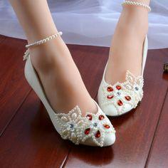 Tienda Online 2017 Blanco perla estrella de cinco puntas rhinestone  tobillera con cuentas Zapatos de La Boda Zapatos de dama de Honor hecha a  mano Zapatos ... 2527f7e7d827
