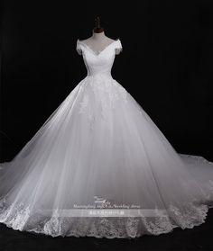 #A-line# V-neck Wedding Dress Satin Tulle with Appliques http://www.clothing-dropship.com/a-09line-v-neck-wedding-dress-satin-tulle-with-appliques-g2249562.html