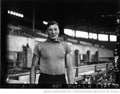 Championnat cycliste mondial au Parc des Princes : Van Egmond (portrait à 2 m) : [photographie de presse] / Agence Meurisse