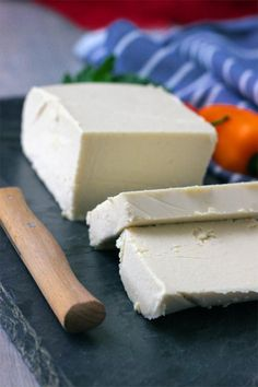 This vegan Feta Cheese brings the vegan cheese replacemant to hole new level. With two special ingredients you get this creamy, crumby and tangy vegan Feta cheese. You can use this vegan cheese as you woould use the real Feta. Easy Vegan Cheese Recipe, Vegan Feta Cheese, Feta Cheese Recipes, Dairy Free Cheese, Vegetarian Cheese, Vegan Appetizers, Vegan Dinner Recipes, Whole Food Recipes, Pasta Nutrition