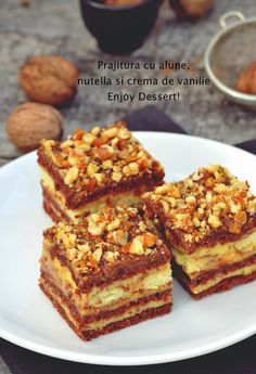 Cand aveti pofta de o prajitura super, super buna atunci va recomand sa… Nutella Recipes, Sweets Recipes, No Bake Desserts, Cake Recipes, Cooking Recipes, Romanian Desserts, Romanian Food, 80s Party Foods, Special Recipes