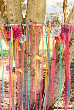 The Sexy Se̱orita РColourful Spring Wedding Style Hippie Party, Festival Wedding, Festival Party, Wedding Colors, Wedding Styles, Ibiza Party, Tipi Wedding, Wedding Ceremonies, Woodland Wedding