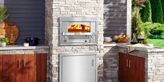 Built-in Artisan Fire Pizza Oven by Kalamazoo Outdoor Gas Pizza Oven, Indoor Pizza Oven, Outdoor Cooking, Modern Outdoor Pizza Ovens, Outdoor Kitchen Sink, Modern Outdoor Kitchen, Outdoor Sinks, Outdoor Kitchens, Outdoor Living