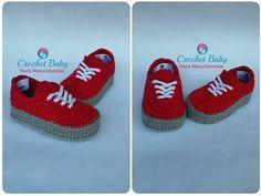 How to Crochet Cuffed Baby Booties - Crochet Ideas Crochet Baby Boots, Booties Crochet, Crochet Shoes, Crochet Slippers, Love Crochet, Baby Booties, Baby Shoes, Baby Sneakers, Crochet Pattern