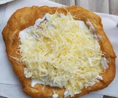 Hungarian Recipes, Crepes, Deli, Cake Pops, Food And Drink, Pizza, Yummy Food, Bread, Cooking