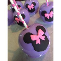 Custom Minnie Mouse candy apples! by @Apples2Love
