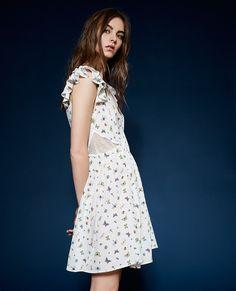 Naturfarbenes Kleid aus Seidenkrepp mit Druckmuster Ladybird - THE KOOPLES