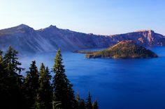 Wizard Island (Crater Lake, Oregon) [OC][2000x1333] : EarthPorn