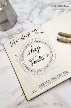 The best DIY projects & DIY ideas and tutorials: sewing, paper craft, DIY. Ideas About DIY Life Hacks & Crafts 2017 / 2018 Le Bullet Journal: Ressources & Inspirations -Read Bullet Journal Tracker, List Of Bullet Journal Pages, Bullet Journal 2019, Bullet Journal Inspo, Bullet Journal Layout, My Journal, Sleep Journal, Bullet Journals, Journal Inspiration