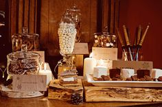 Cozy-Winter-Wedding-Sweets-Bar