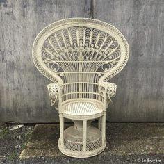 chaises illana 30 chaise industrielle location chaise et chaises. Black Bedroom Furniture Sets. Home Design Ideas