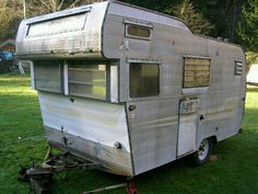 63 Aristocrat Hi-liner Canned Ham, Little Campers, Vintage Travel Trailers, Camper Trailers, Adventure Is Out There, Happy Campers, Glamping, Recreational Vehicles, Have Fun