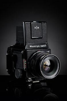 Mamiya Pro S is part of Best digital camera - 3 8 lens 2015 cameraportraitproject com Kodak Camera, Camera Gear, Film Camera, Old Cameras, Vintage Cameras, Antique Cameras, Best Digital Camera, Best Camera, Digital Cameras
