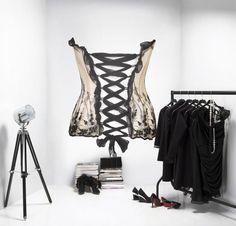 Plus de 1000 id es propos de dressing sous combles sur pinterest belgique - Papier peint dressing ...