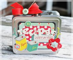 Recipe tin box.  Could make this from Altoids Tin