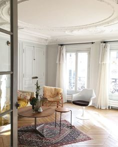 get the look: paris pied-à-terre.