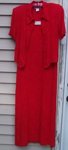 Lovely Long Form Fitting Red Dress Sz 6