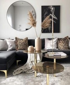 Before & After: A living room of the shoots forwardDramatic living room before and afterBlack and Gold Living Room havenlylivingroom Black and Gold Living Room esszim .black and gold living room havenlylivingroom black and Black And Gold Living Room, Beige Living Rooms, Home Living Room, Living Room Designs, Living Room Decor, Interior House Colors, Home Interior, Interior Paint, Interior Design