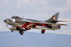 Hunter Mk58 of Swiss AF Military Jets, Military Aircraft, Luftwaffe, Fighter Aircraft, Fighter Jets, Post War Era, Swiss Air, Air Machine, Old Planes