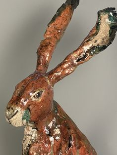 Raku fired ceramic hare sculpture Mugs And Jugs, Pottery Handbuilding, Pottery Classes, Garden Ornaments, Horse Hair, Something Beautiful, Great View, Hare, Bunting