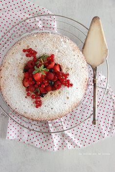 spongecake019 Victoria Sponge Cake & Confit de Fraises